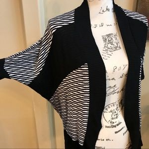 Guess black and white cardigan